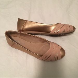 Aerosoles Spin Cycle Rose Gold Flats
